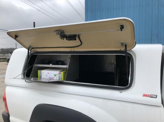 Snugtop Snugpro for 2005-2015 Toyota Tacoma EC 6′ Bed